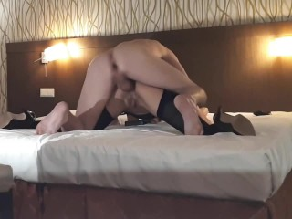 Too big dick for wife's ass, but shed tries her best to nail her but on it