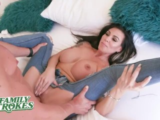 Horny Stepmom Fucked In Tight Jeans