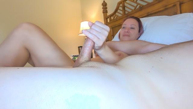 Mature habdjob The handmaiden e01: milf handjob morning pleasure while vaping