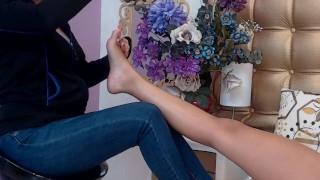Lesbians foot massage Ft. Michellesins ( Camsoda)