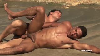 Vídeo Porno Grátis - Latinos Latinos Alber E Antony Barebacking