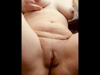Milf spreads pussy open while talking dirty