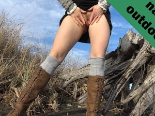 Hot sexy girl spreads pussy pees outdoors beach...