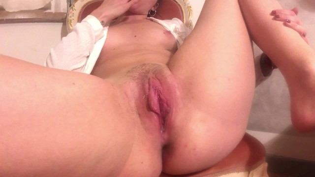 Ebony Teen Playing Her Pussy