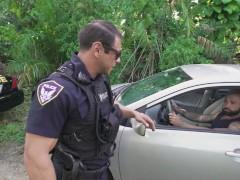 หนังโป๊เกย์ ตำรวจตรวจประตูหลัง