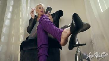 Smoking And Heels Dangling - Ignore - Nikki Ashton