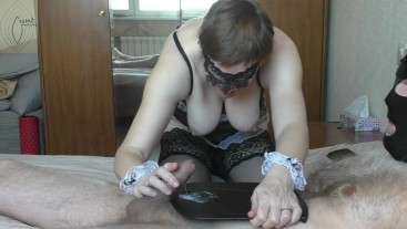 Maid brought me coffee and lick my nipples, I cum hands free and fed her