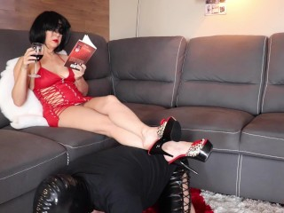 French/male slave/femdom chastity cruel and day 1