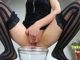 Lingerie stocking pee! Super sexy Glam Girl spreads & pees close up