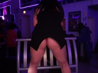 shakin dat ass,while swinging at the spot kansas city