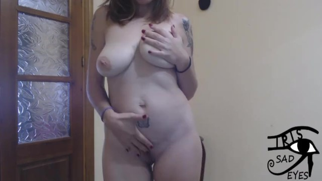 Naked tit flashing Flashing me naked in webcam. irisojostristes