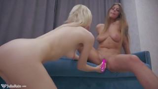 Juicy Beauties Hot Lesbian Sex and Masturbate Pussy Vibrator