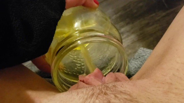 Free xxx jar - Peeing in a jar in my bedroom