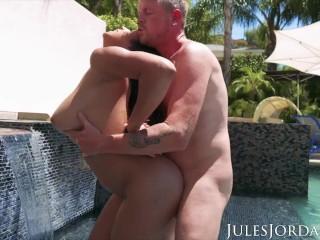 Jules Jordan – Autumn Falls Natural Breast Worship