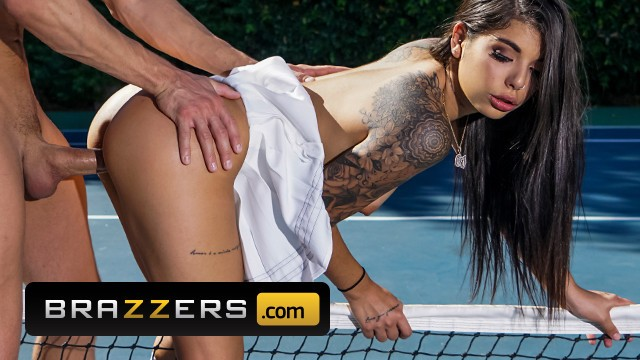 Tennis upskirt pussy - Brazzers - inked gina valentina gets fucked on the tennis court