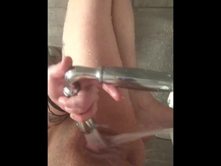 Teen ALMOST CAUGHT Publicly Masturbating At The Gym
