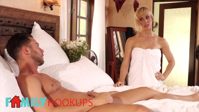 Seth green nude Family hookups - blonde step mom cherie deville sucks off stepson