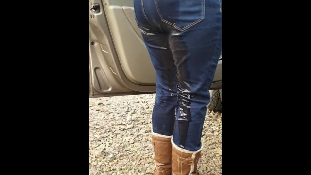 Teen wellness - Gf rewetting her jeans after walk. well they were already wet