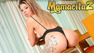 MAMACITAZ - Bunda grande Pawg Latina é oleada, cremosa e fodida
