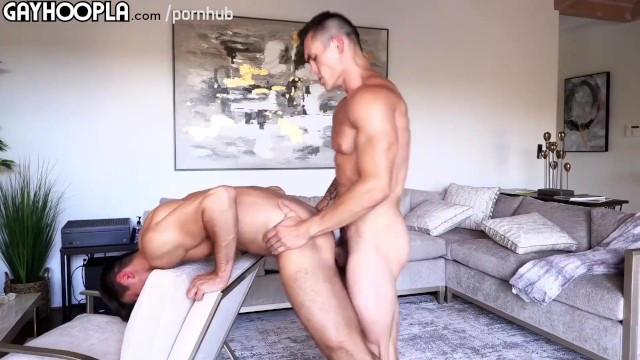 Gay anal ripping sex - Str8 jock loses anal virginity holy shit flip fuck action