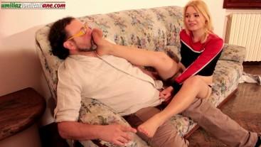 Una Cattiva Ragazza, Ep1 (PrimaParte) Nylon Stockings Smelling dialoghi ita
