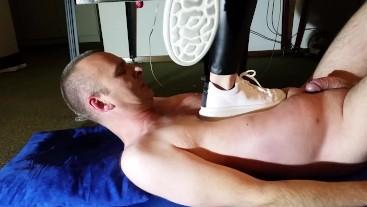 Platform Sneaker Trampling