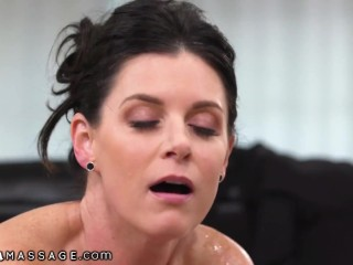 NuruMassage His Hot New Aunt Gives Legendary Rub Downs