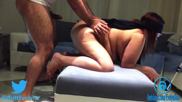 Company enjoyable entertaining idea pleasure simple Blindfolded wife has no idea but she is fucked by stranger part-2