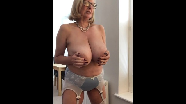 Milf in satin tgp - Annabels new satin bra and panties