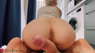 Clip Blonde Deep Sucking and Riding on Cock during Washing