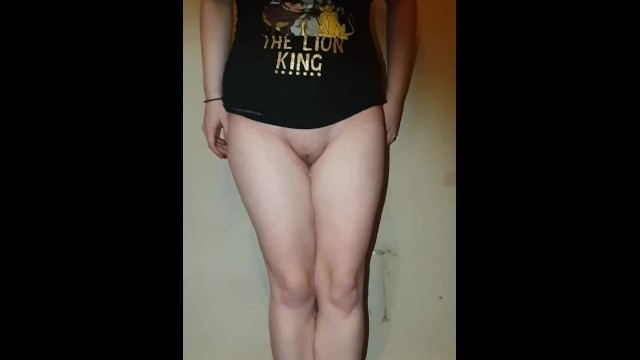 Cartton naked - Gf desperately pees naked with legs together, lets it trickle down legs