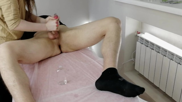 Hosted handjob video - Video from the surveillance camera. masseuse masturbates to me