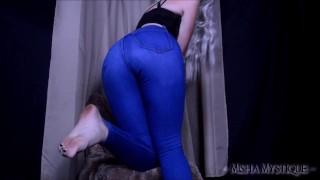 高清色情 - Misha Mystique 屁股集中挑逗紧身蓝色牛仔裤-牛仔裤恋物癖牛仔紧身牛仔裤