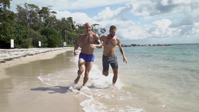 Rick woods gay Gaywire - trevor laster gets good pump on the beach with wesley woods