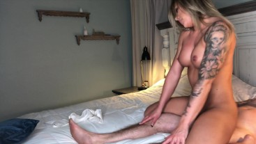 Gorgeous Girlfriend gives blowjob and rides reverse 4K