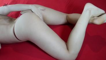 Huge MILF's Orgasm, Crossed Legs Masturbation ~DirtyFamily~