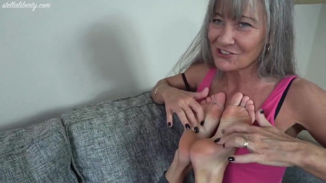 Liberty meadows strips - Stella liberty foot worship