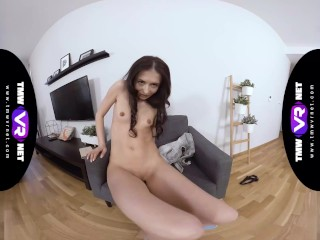TmwVRnet – Roxy Sky – Juicing sweet cunt in armchair