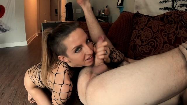 Kinky mature couples - Kinky fitness babe eats a like it her last meal