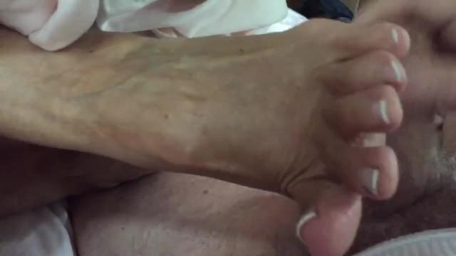 Annette swartz porn - Aunt annette talks while giving high arch footjob