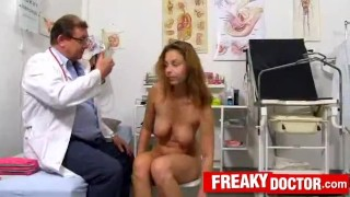 Perverse doctor checks big natual tits of Antonia Sainz