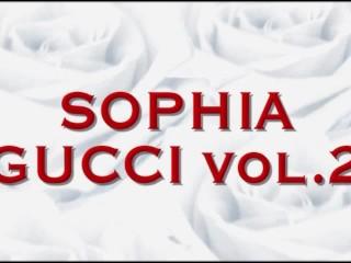 Sofia Cucci 02...