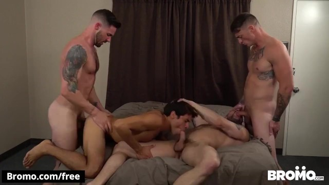 Gay hotels in memphis - Bromo - twink and hunks hotel 4some bareback