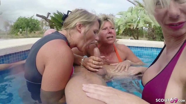 Holiday milfs - Three german milfs help guy to cum on holiday in fffm