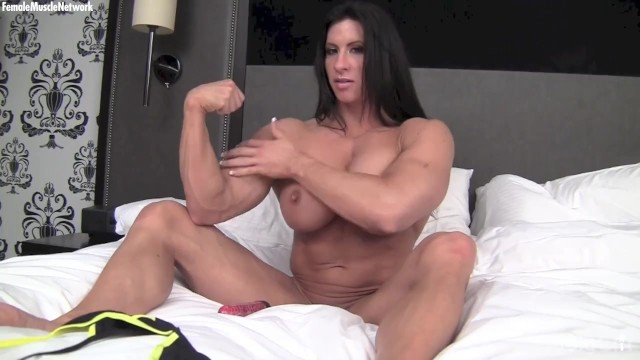 Female naked bodybuilder galleries - Naked female bodybuilder fucks a vibrator big pussy lips