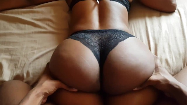 Mom milf booty butt Butt that squats a lot south african ass