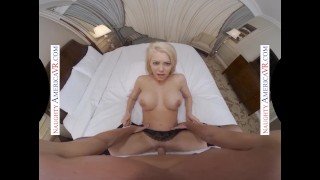 Naughty America - Riley Steele gives you the real Porn Star Experience