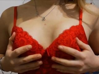 Run the World – Viens découvrir ma lingerie en Strip-Tease