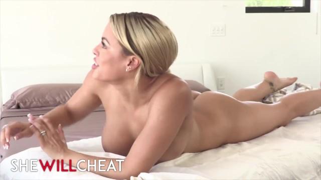 Neighbor sperm my unfaithful cunt She will cheat - unfaithful wife luna star gets deep massage
