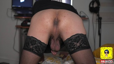 SMOOTH BOTTOM AB COXX BUBBLE BUTT - FARTING POV - FEMBOY TWINK IN STOCKINGS